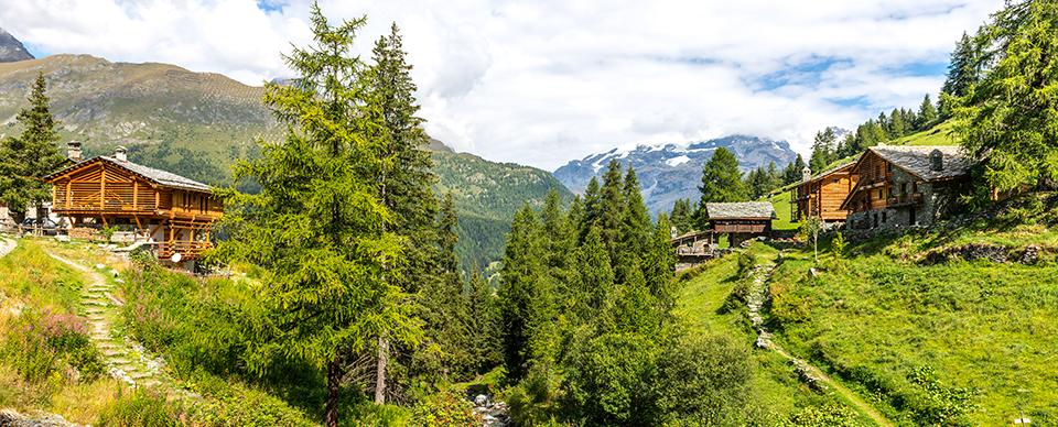 Da25 luoghi imperdibili per le vacanze in montagna, di Gabriella Rinaldi.