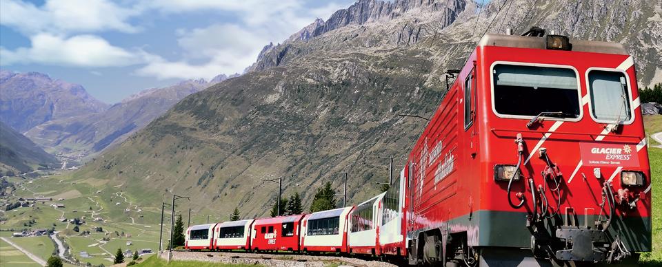 Da Il Glacier Express e le ferrovie a scartamento ridotto dal Bernina a Zermatt, di Diego Vaschetto.