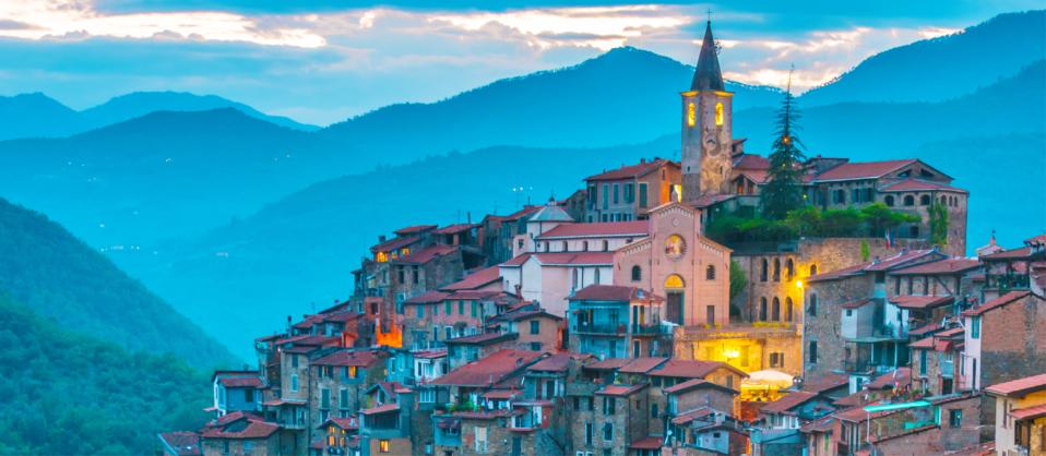Borghi della Liguria. L\'entroterra, di Andrea Carpi.