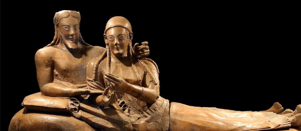 10 itinerari alla scoperta degli Etruschi, di Mario Ghirardi.